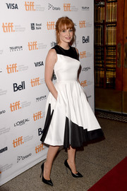 A pair of black Casadei pumps featuring dangerous-looking stiletto heels completed Jessica Chastain's ensemble.