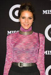 For an extra dose of shimmer, Margherita Missoni cinched her waist with a textured metal belt.