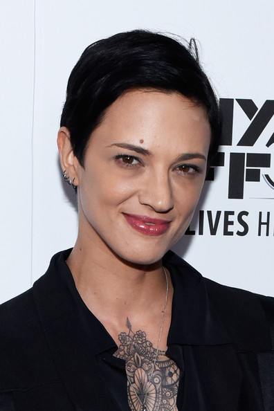 Asia Argento wore her hair in a neat pixie cut at the premiere of 'Misunderstood.'