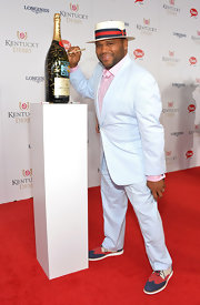 Anthony Anderson showed off his Kentucky Derby style in a pastel-blue suit and a gingham button-down.