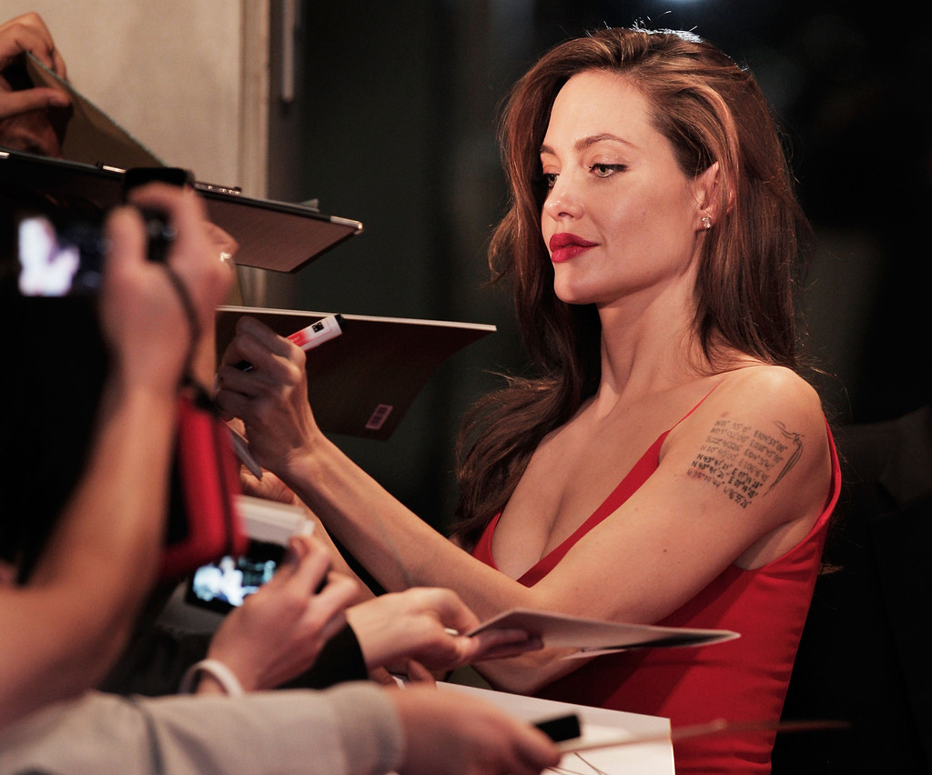 More Pics of Angelina Jolie Red Lipstick (7 of 12) - Angelina ...