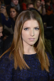 Anna Kendrick sported sleek straight layers with a center-part during the Monique Lhuillier fashion show.