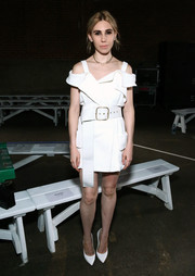 Zosia Mamet looked very fashion-forward in this structured LWD by Monse while attending the label's fashion show.