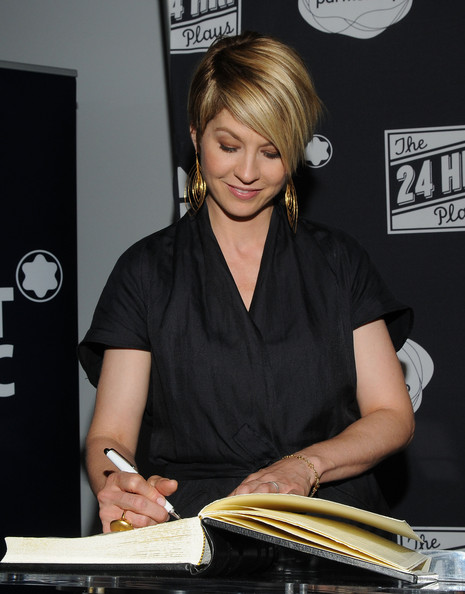More Pics of Jenna Elfman Short Emo Cut (1 of 9) - Jenna Elfman Lookbook - StyleBistro [jenna elfman,montblanc presents the 24 hour plays la,montblanc presents west coast,santa monica,california,the broad stage,red carpet]