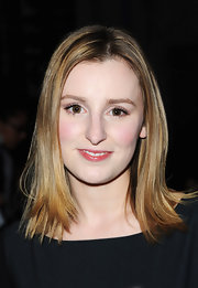 Laura Carmichael wore her mid-level straight hair down at the Moschino fashion show.