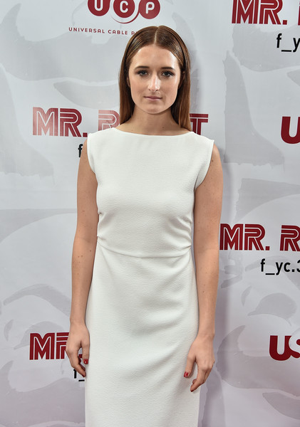 More Pics of Grace Gummer Long Straight Cut (1 of 5) - Grace Gummer Lookbook - StyleBistro