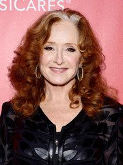 Bonnie Raitt stuck to her usual thick curls when she attended the MusiCares Person of the Year Gala.