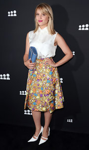 Dianna chose a floral skirt for a retro chic look.