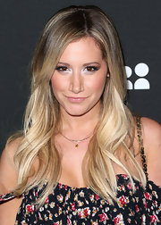 Ashley swiped a deep gray shadow and a light highlighted color on her lids for the Myspace Event in LA.