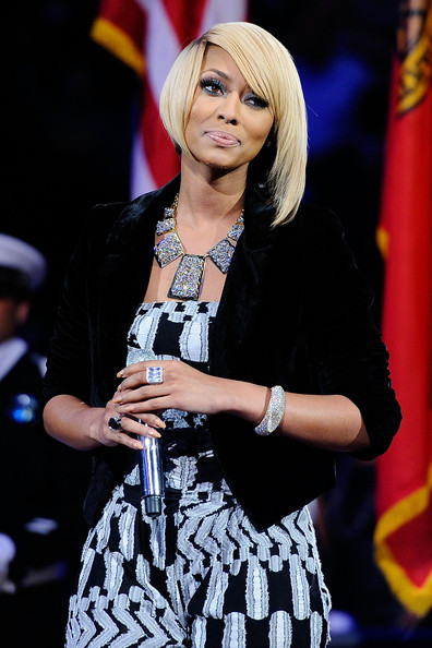 Keri Hilson added major bling to her look with a geometric diamond statement necklace.