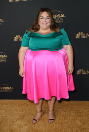 Chrissy Metz completed her outfit with a pair of low-heeled metallic sandals.