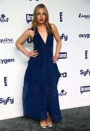 Piper Perabo attended the NBCUniversal Cable Entertainment Upfronts wearing a low-cut, loose-fitting blue evening dress.