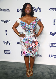 Kandi Burruss went for an ultra-girly vibe with this floral off-the-shoulder dress at the NBCUniversal Cable Entertainment Upfronts.