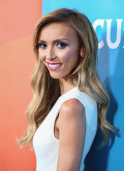 Giuliana Rancic wore her hair long with sweet-looking waves during the NBCUniversal Press Tour.