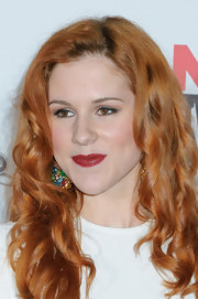 Katy B. wore a golden berry-hued lipstick at the 2012 NME Awards.