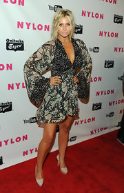 Alyson posed fiercely at the Nylon Magazine party in a Kimono inspired print frock.