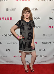 Joey King's printed dress had a fun and mod-style look to it at the Nylon Young Hollywood Party.