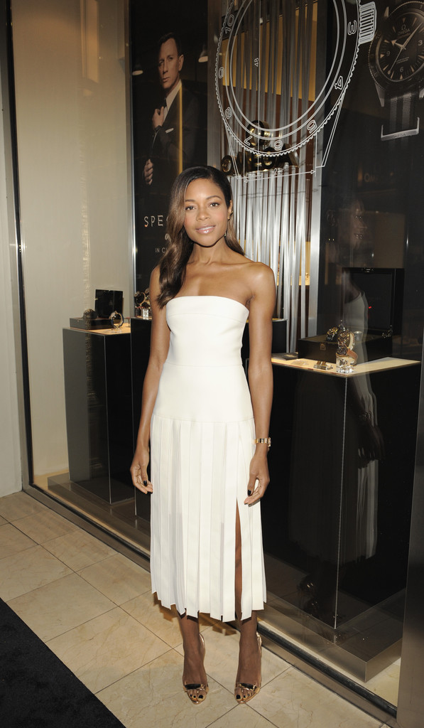 Naomie Harris Evening Sandals Shoes Lookbook Stylebistro