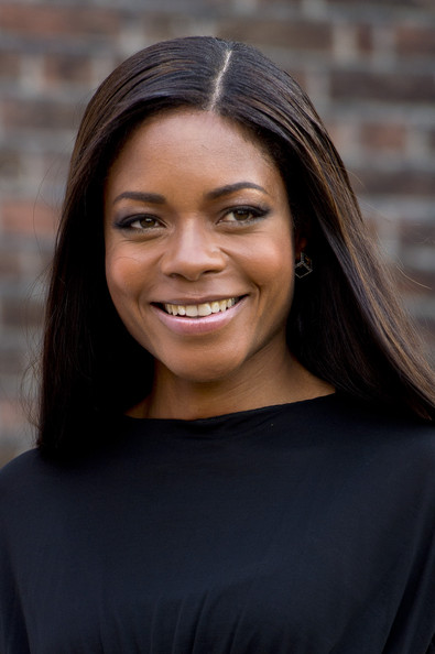 Naomie Harris Nude Lipstick [collections of the queen,hair,face,beauty,eyebrow,hairstyle,lady,smile,chin,lip,black hair,dresses,dresses,margaret,diana,elizabeth ii,fashion rules,collection,launch party,launch party]