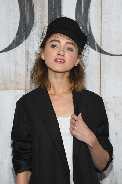 Natalia Dyer Newsboy Cap [s19 cruise collection : photocall at grandes ecuries de chantilly,headgear,hat,photography,fashion accessory,neck,natalia dyer,chantilly,france,christian dior couture s,couture s,photocall]