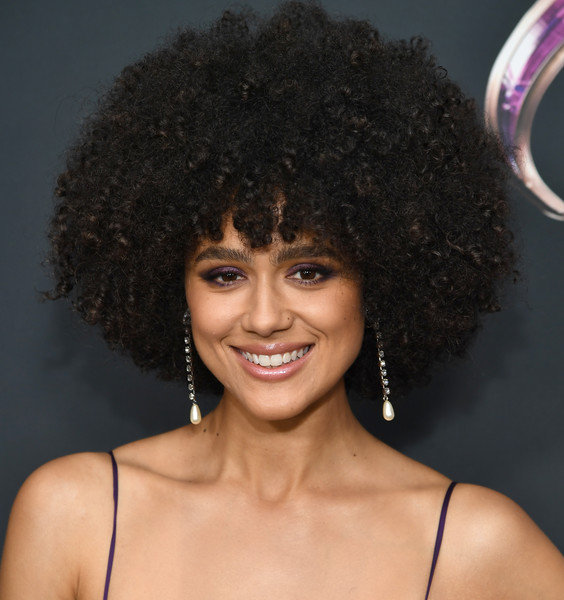 Nathalie Emmanuel Pearl Drop Earrings [the dark crystal: age of resistance,resistance,hair,hairstyle,jheri curl,afro,black hair,human,ringlet,wig,lace wig,fashion accessory,nathalie emmanuel,new york,museum of the moving image,premiere,new york premiere]