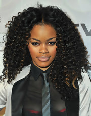 Teyana went for optimum volume at the NBA All-Star game with long voluminous curls.