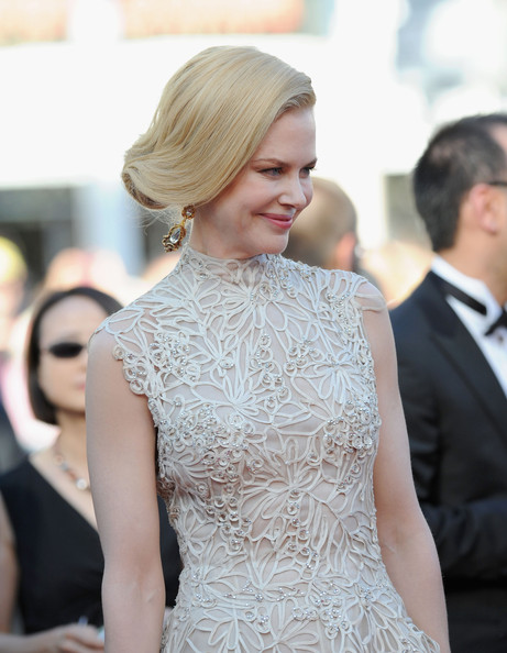 More Pics of Nicole Kidman Bobby Pinned Updo (5 of 61) - Updos Lookbook - StyleBistro