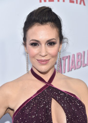 Alyssa Milano sported an edgy pompadour at the premiere of 'Insatiable' season 1.