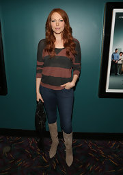 Laura kept her look casual and cool with a dark-wash skinny jean.