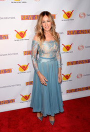 Sarah Jessica Parker oozed elegance in a sky-blue off-the-shoulder dress by Reem Acra at the New 42nd Street 25th Anniversary Gala.