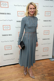 Naomi Watts paired her lovely dress with nude Valentino Rockstud pumps.