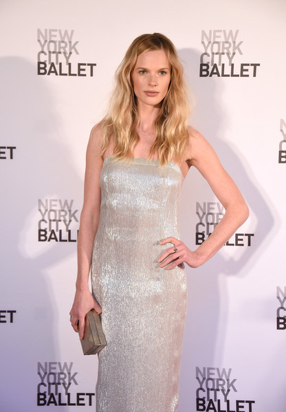 More Pics of Anne V Strappy Sandals (1 of 5) - Anne V Lookbook - StyleBistro [dress,clothing,shoulder,red carpet,carpet,premiere,flooring,hairstyle,beauty,fashion,anne v,david h. koch theater,new york city,lincoln center,new york city ballet,spring gala]