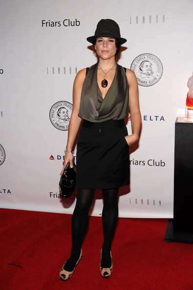 More Pics of Neve Campbell Patent Leather Purse (1 of 3) - Patent Leather Purse Lookbook - StyleBistro