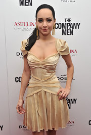 Ksenia Solo rocked a sleek side ponytail at the New York premiere of 'The Company Men.'