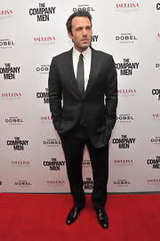 Ben Affleck wore a pin striped suit to the premiere of 'The Company Men'.