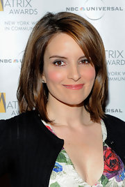 Tina Fey showed off her classic mid-length bob, which she kept sweet and simple with a center part.