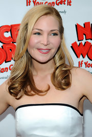Jennifer Westfeldt wore her hair in soft golden curls for the opening of 'Nice Work If You Can Get It.'