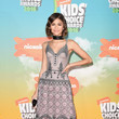 Look of the Day, March 14: Zendaya's Vintage Elegance
