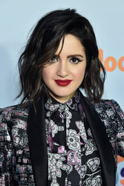 Laura Marano looked cool with her tousled waves at the 2017 Kids' Choice Awards.