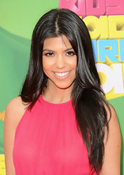 Kourtney Kardashian kept her mane sleek and straight at the Kids Choice Awards. It was the perfect way to compete her bohemian look.