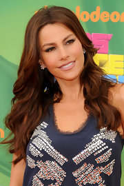 The 'Modern Family' star sparkled in 7-carat pear shape diamond cluster earrings set in platinum at the 2011 Kids' Choice Awards.