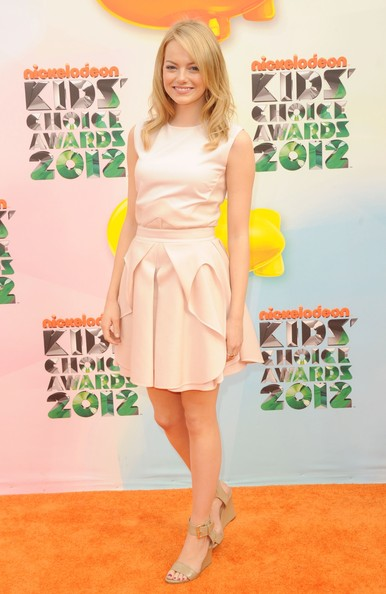 http://www4.pictures.stylebistro.com/gi/Nickelodeon+25th+Annual+Kids+Choice+Awards+2JfSDVdeREsl.jpg
