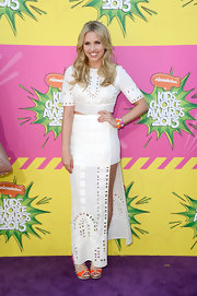 Gracie Dzienny chose a funky eyelet skirt with both a long and short hem for her look at the Kids' Choice Awards.