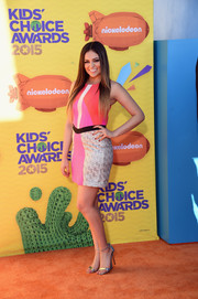 Bethany Mota attended the Kids' Choice Awards looking bright and modern in a Pink Stitch color-block mini.