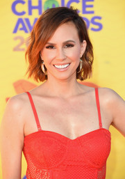 Keltie Knight attended the Kids' Choice Awards wearing cute short waves.