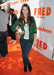 Actress Victoria Justice attended the premiere of Nickelodeon's Fred wearing 901 leggings in Sable.