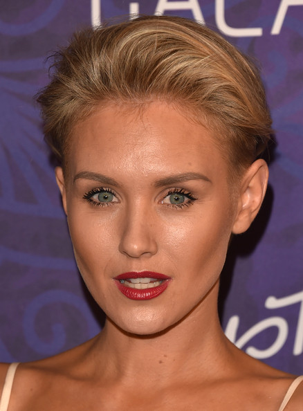 Nicky Whelan Fauxhawk [variety and women in film emmy nominee celebration,hair,face,eyebrow,hairstyle,chin,forehead,lip,blond,head,beauty,nicky whelan,arrivals,west hollywood,california,variety and women in film emmy nominee celebration,samsung galaxy]