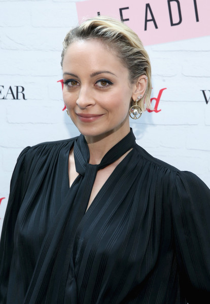 Nicole Richie Dangle Decorative Earrings [hair,face,hairstyle,blond,forehead,premiere,lip,dress,white-collar worker,long hair,what wear presents: boss notes,westfield topanga,california,woodland hills,nicole richie,westfield x,actress]