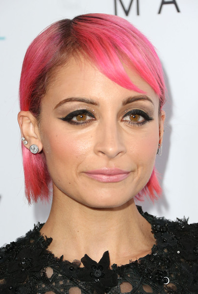 Nicole Richie Side Parted Straight Cut [hair,face,lip,hairstyle,eyebrow,chin,pink,hair coloring,cheek,forehead,fashion los angeles awards,daily front row,front row,west hollywood,california,sunset tower hotel,nicole richie,arrivals]