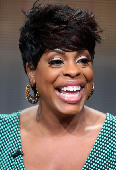 Niecy Nash Emo Bangs [getting on,hair,face,hairstyle,facial expression,eyebrow,black hair,chin,lip,skin,head,niecy nash,panel,beverly hills,california,the beverly hilton hotel,hbo,summer television critics association,summer tca tour,portion]